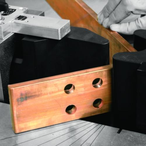 Инструмент  для обработки шин