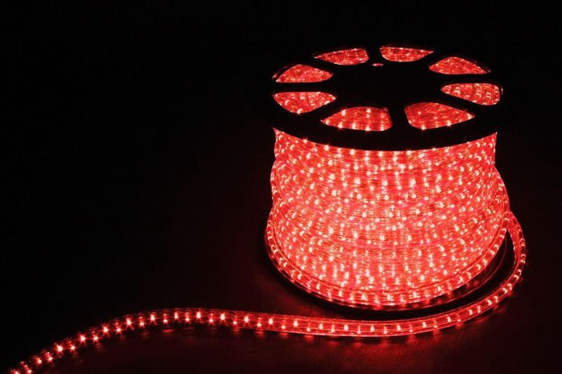 2W 100м 13мм 230V 36LED/м 1,44Вт/м (2м/отрез), 2 аксесс., красный/ LED-R2W