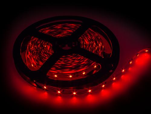Лента светодиодная LS 35R-60/33 60LED 4.8Вт/м 12В IP33 красная LLT