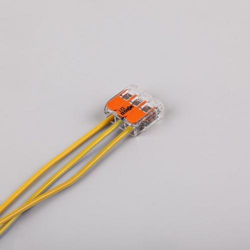 221-413 Универсальные компактные клеммы 3--проводные